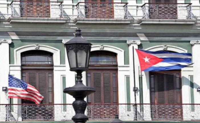 EE.UU. y Cuba restablecen mañana sus relaciones diplomáticas y abren embajadas