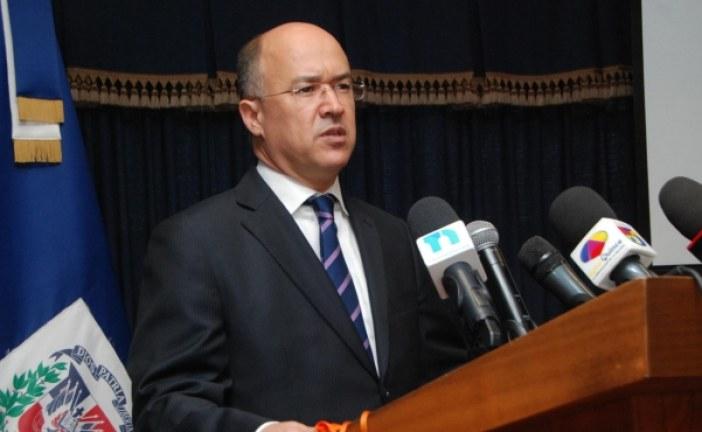 Fiscal cancelada por soborno embarga cuentas bancarias del Procurador