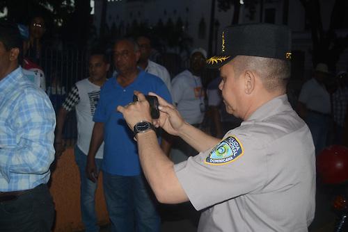 """Policía envió por """"guasá"""" al general Then rostros de ciudadanos en Cadena Contra Corrupción"""