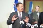 Presidente JCE entregaría su visa EU, si el embajador Brewster hace lo mismo