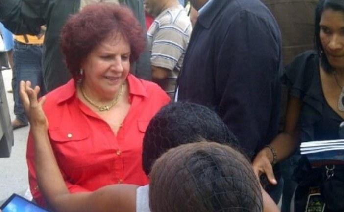 Senadora de El Seibo renuncia a su candidatura