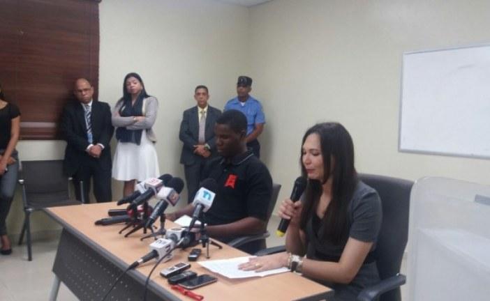 Fiscal y agente de Amet acusado de agredirla llegan a acuerdo