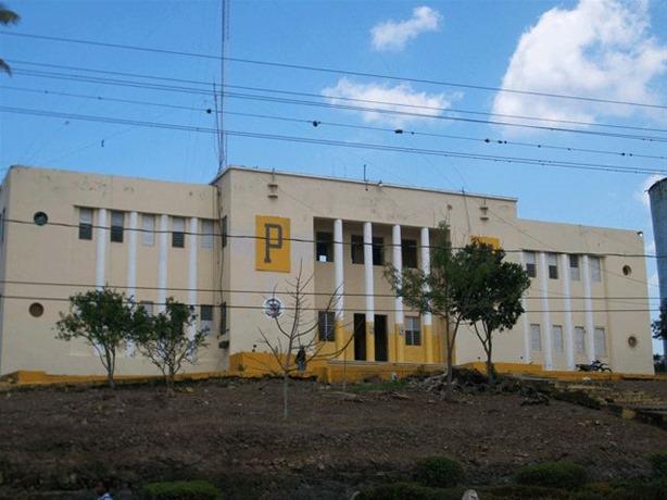 CUARTEL DE LA POLICIA