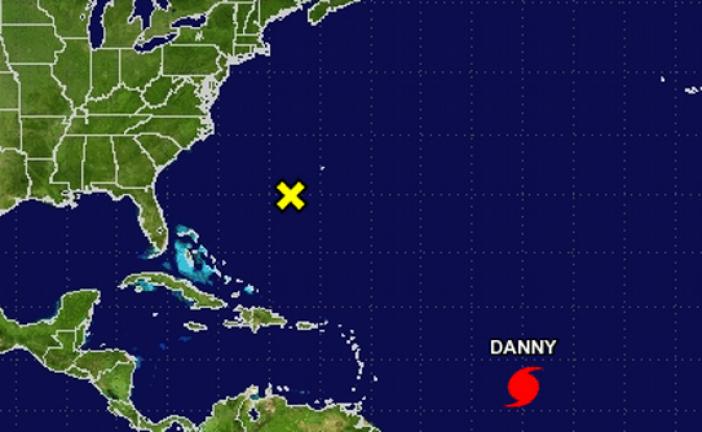"""""""Danny"""" se convierte en el primer huracán de la temporada 2015"""