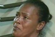 VIDEO – Amarran y Queman Vivo a Joven Adicto a las Drogas en Santo Domingo