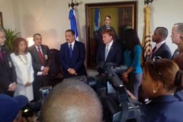 Embajador EE.UU. dice a su país le preocupa uso de dinero del narcotráfico en elecciones dominicanas