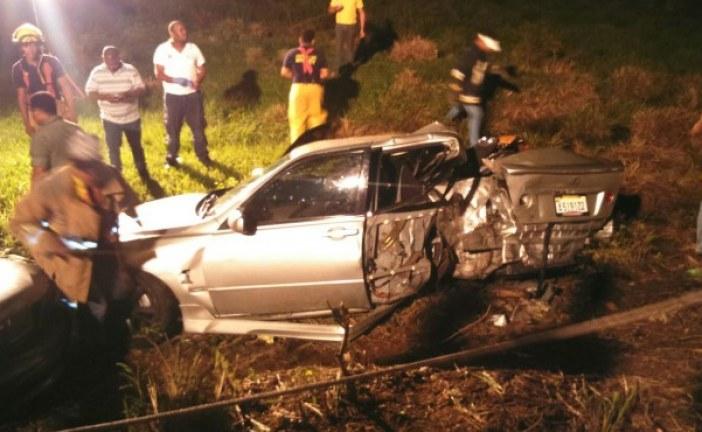 Tres muertos y varios heridos en triple choque en Higüey