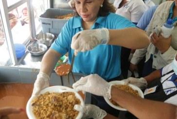 Vicepresidenta Margarita Cedeño visita familias de El Seibo afectadas por huracán María